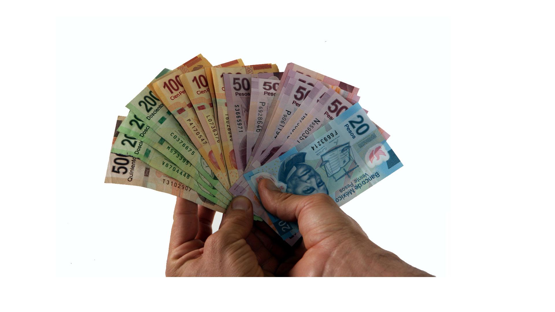 Entre los flujos de entrada destaca una transacción por 2.037 millones de dólares derivada de la adquisición de acciones de las empresas de telecomunicaciones