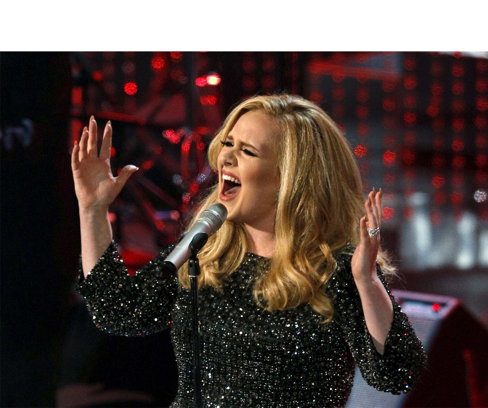 Esta vez, el músico de Ten Seconds Songs interpretó la canción de Adele en 25 géneros musicales diferentes
