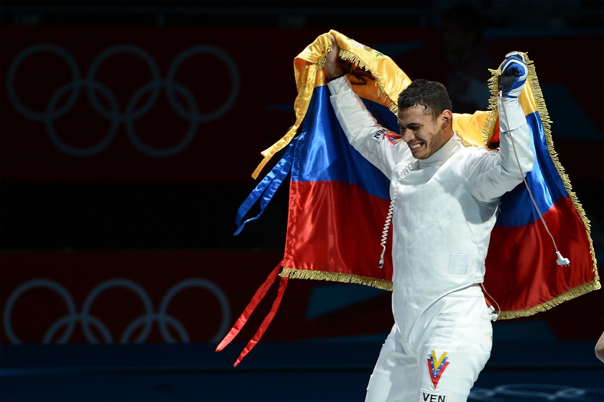 El equipo de espada masculino venezolano es el décimo mejor del mundo y el primero del continente americano