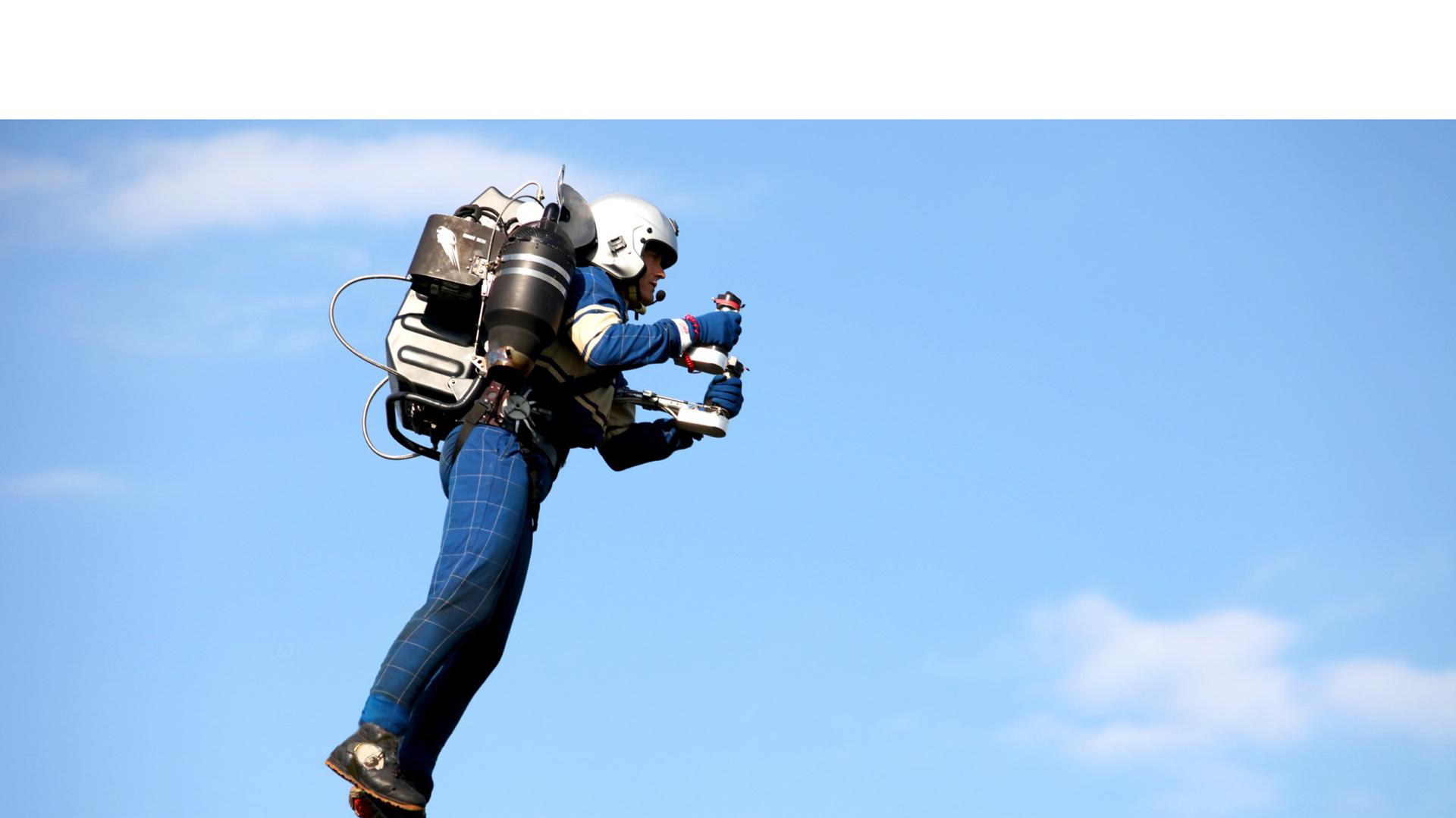 La mochila voladora JetPack JB-9 tiene el potencial de volar a más de 3 mil metros de altura con una velocidad de 160 km por hora