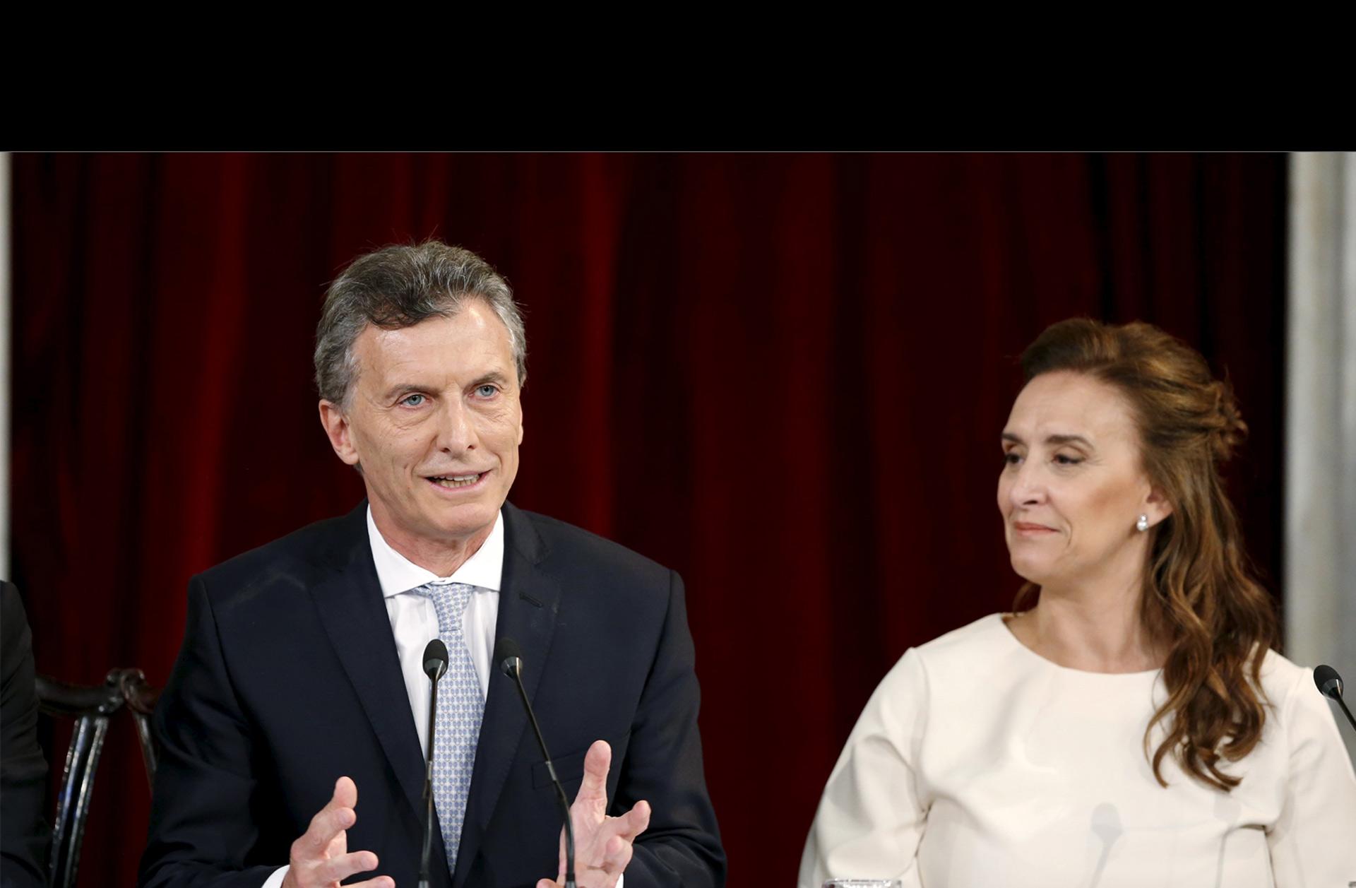 El nuevo presidente de Argentina confirmó la reducción de los aranceles cumpliendo una de sus promesas de campaña