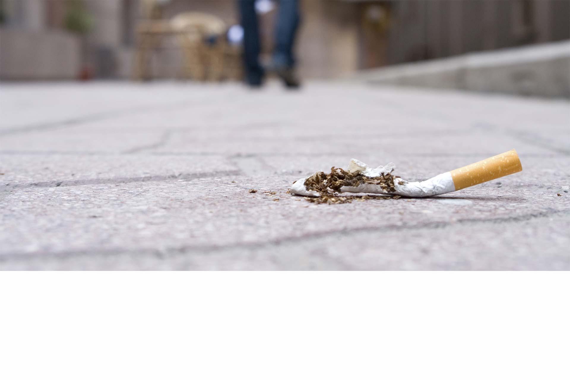 En EE.UU. el índice de jóvenes con este hábito ha disminuido, pero siguen estando muy expuestos a los peligros del cigarro