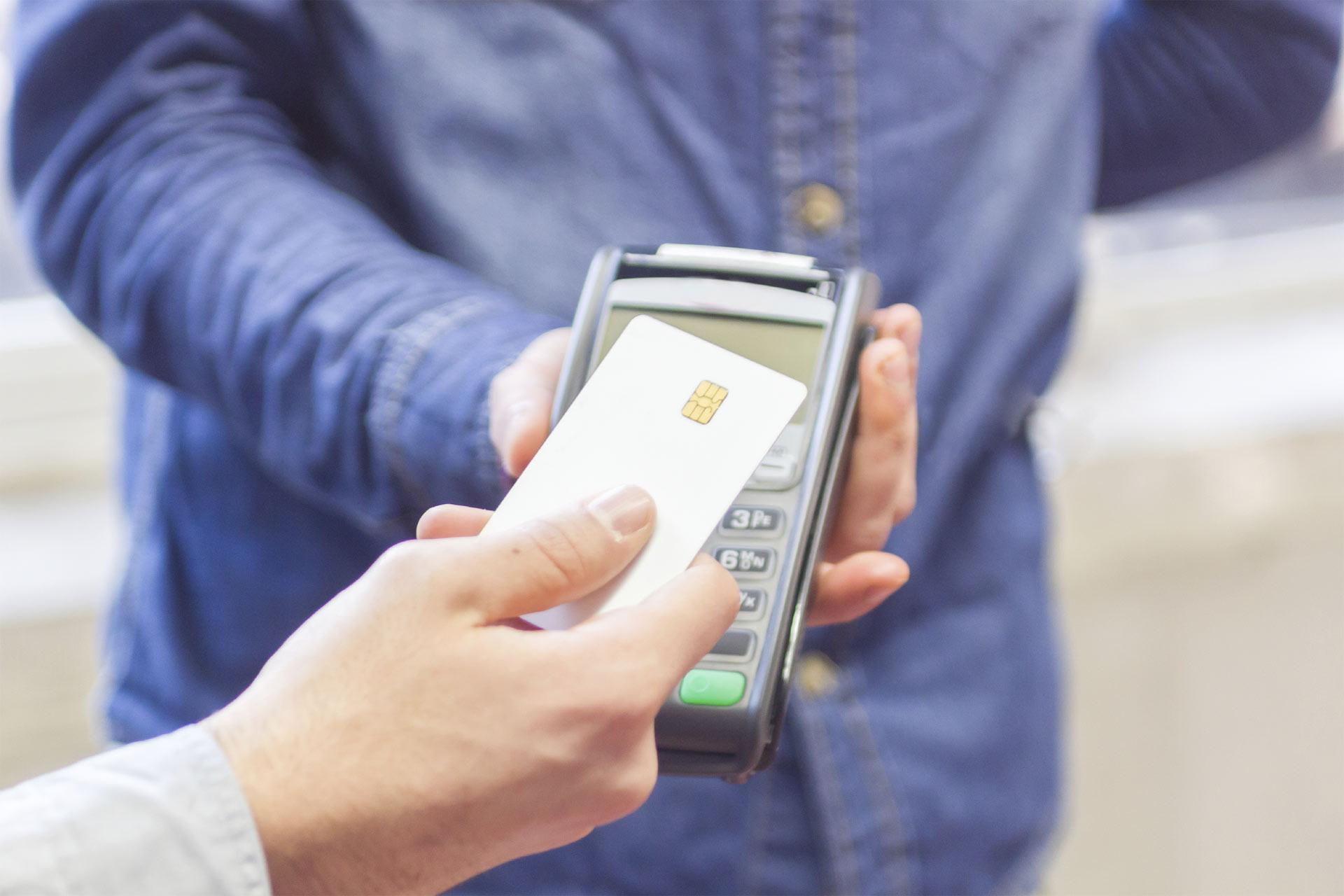 Este recurso financiero es muy útil para salir de apuros y, aunque algunos lo consideran esencial, hay otras maneras de resolver pagos