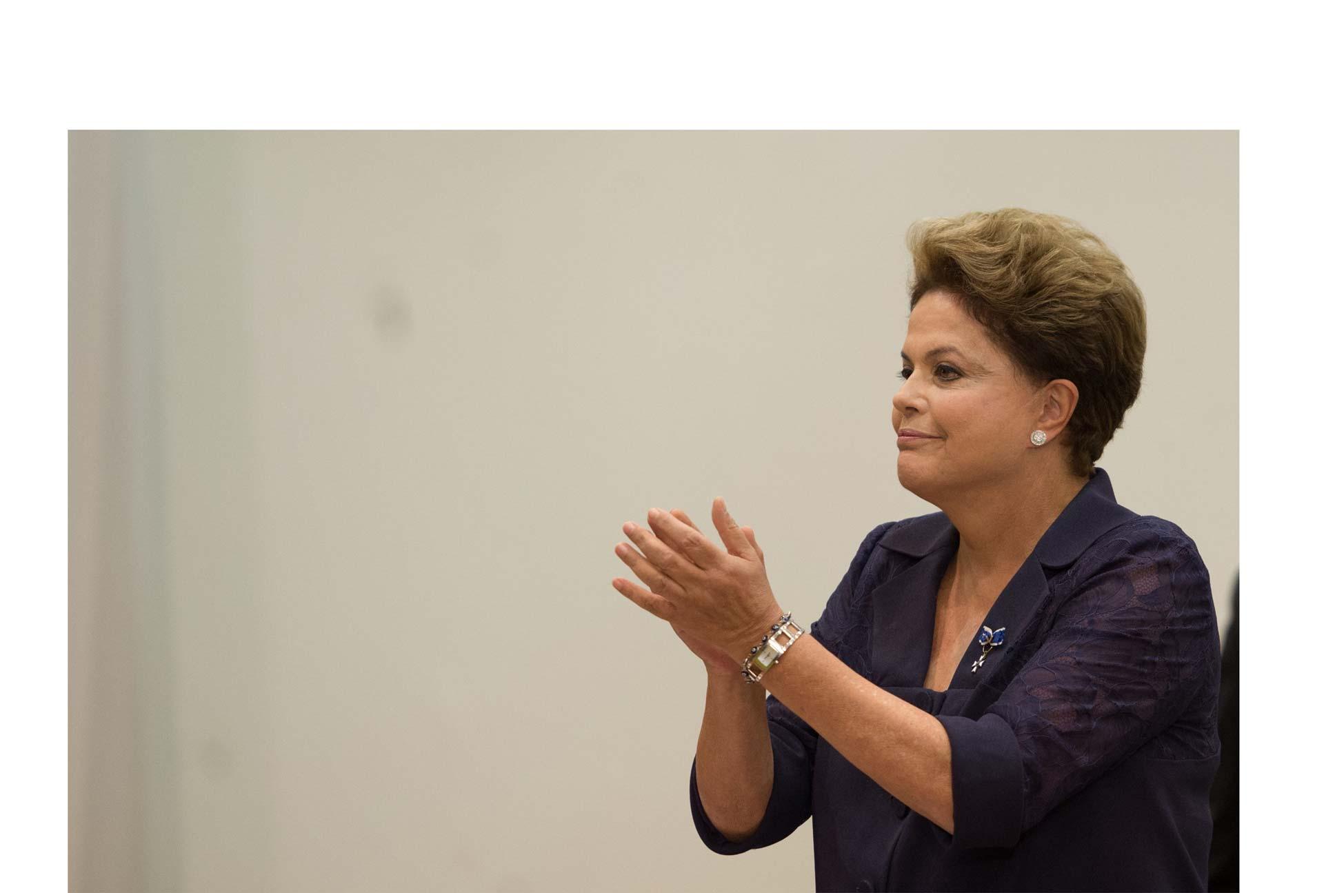 Con la inyección de un nuevo paquete, la presidenta Rousseff busca mejorar la situación actual del país