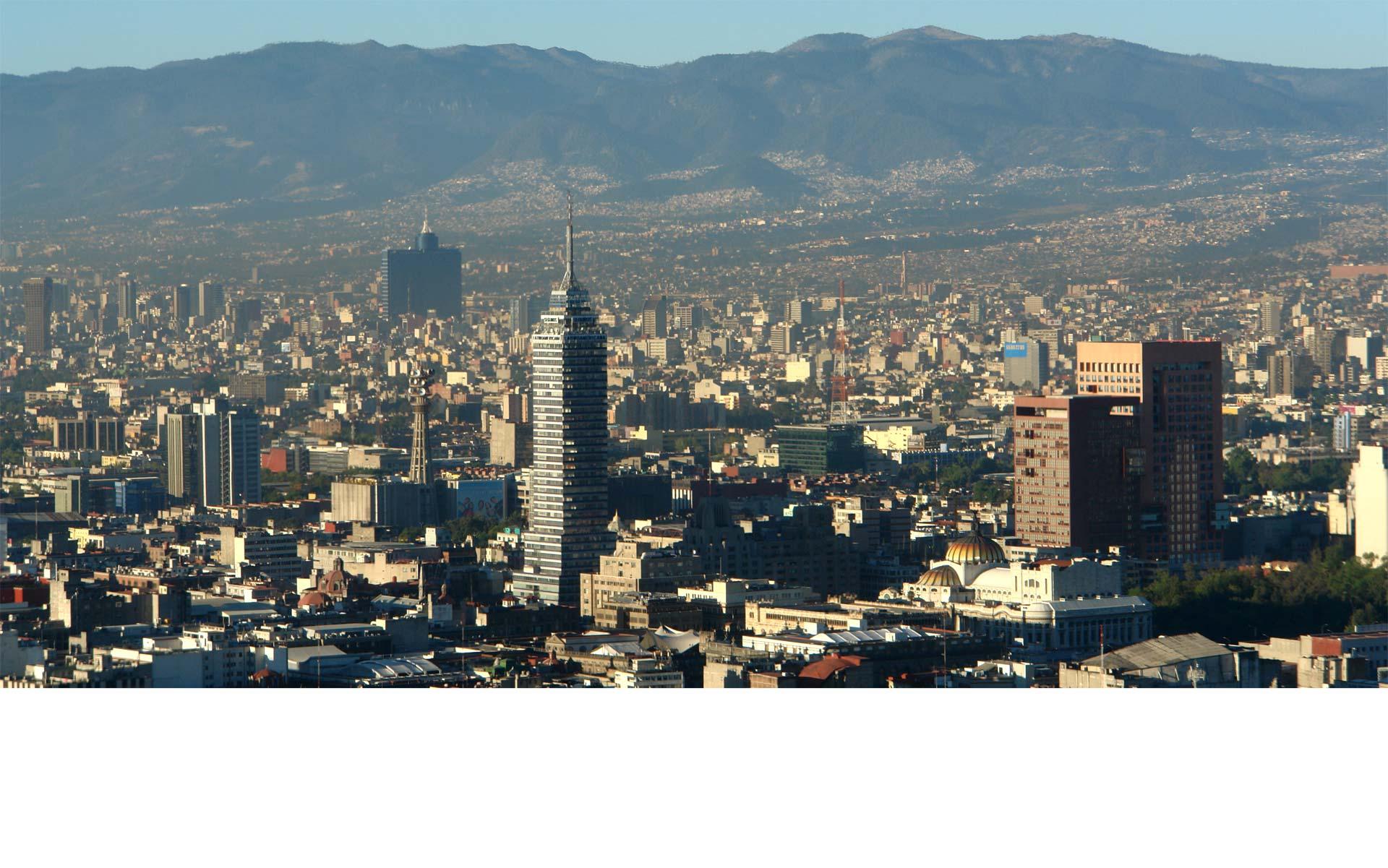 Más de 20 mil viviendas de Ciudad de México serán el lienzo sobre el que se pintarán frases poéticas