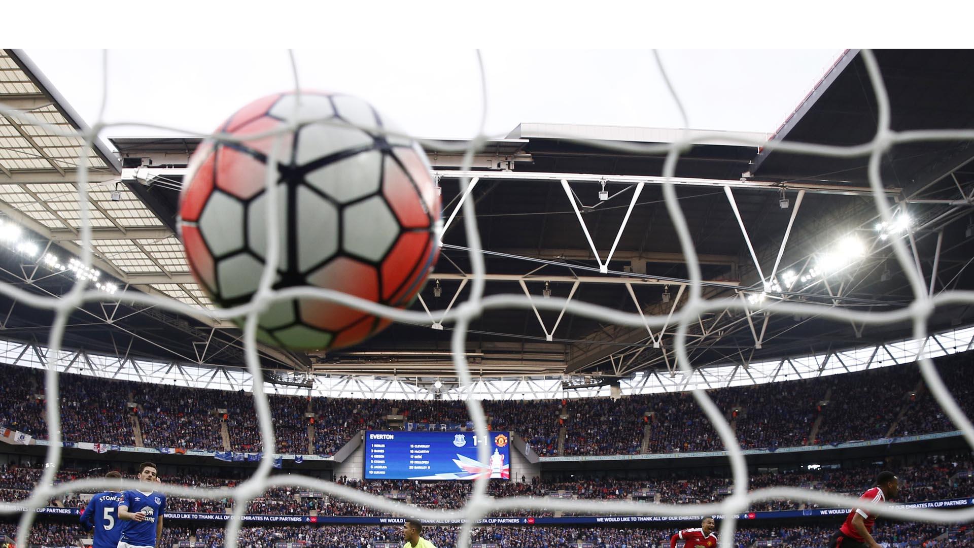 Según Forbes, el Manchester United obtuvo 190 millones de dólares en ganancias durante 2015, seguido por el Real Madrid