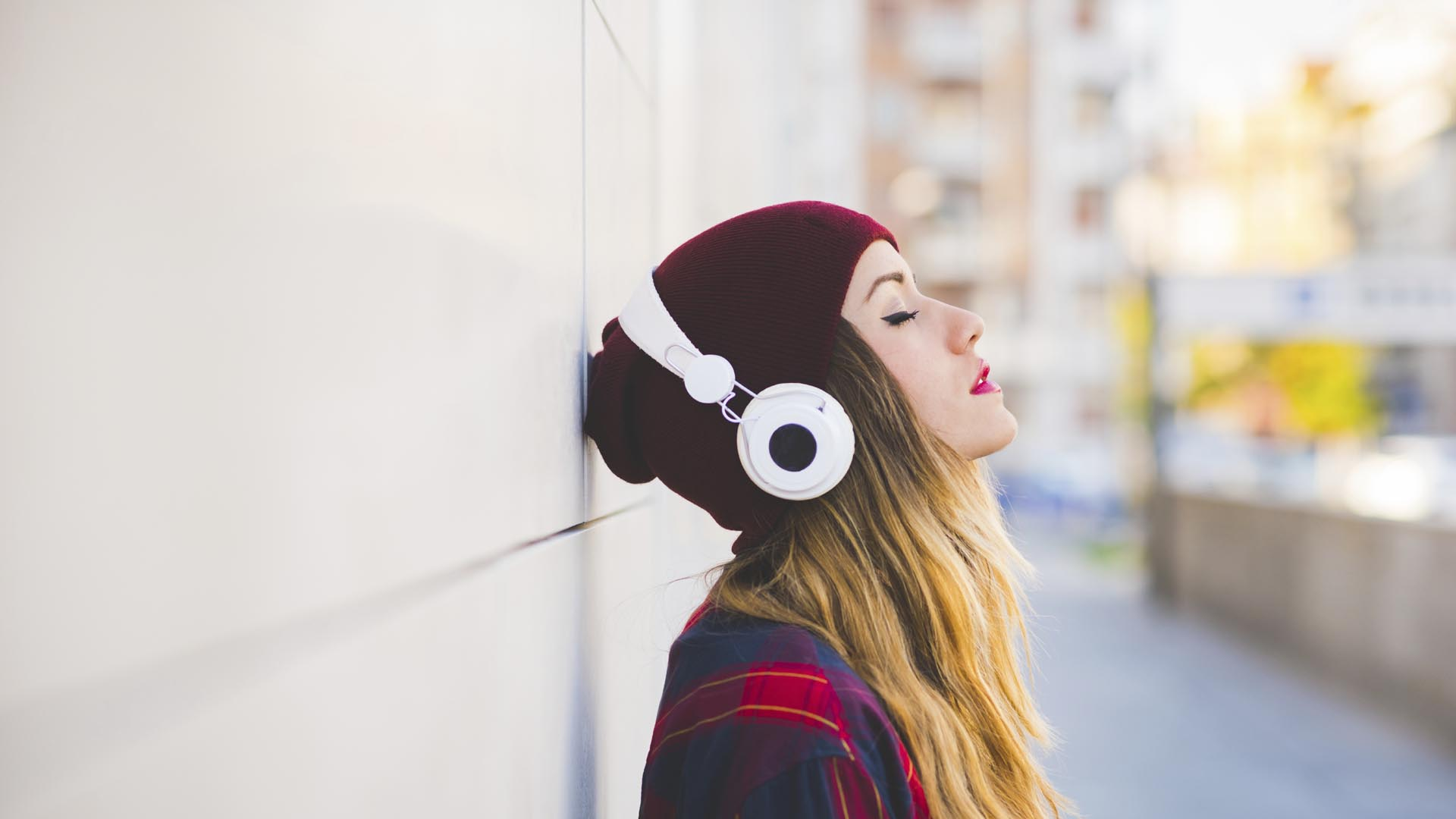 La música beneficia al cuerpo y a la mente. Escuchar la música adecuada puede beneficiarnos durante el día