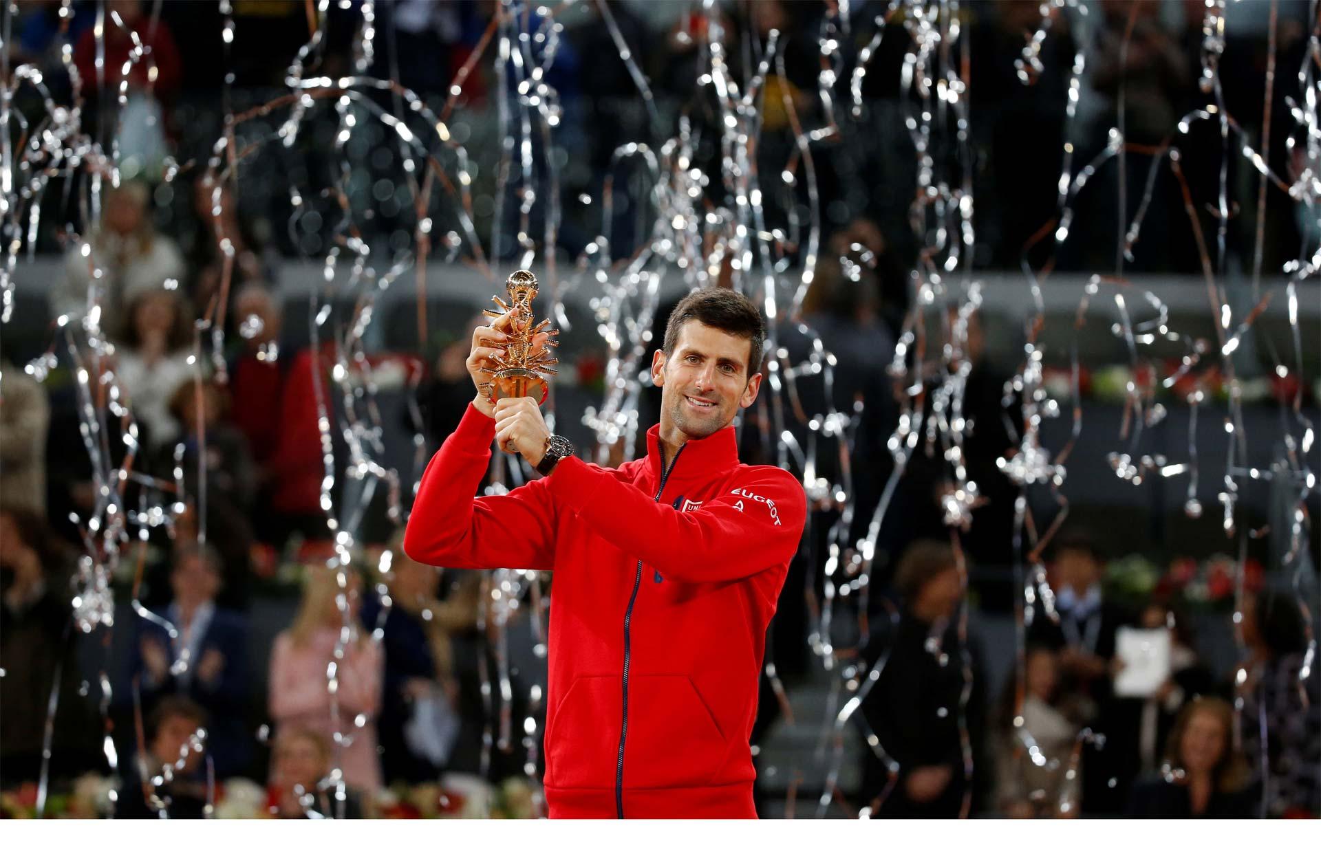 El serbio venció a Murray en la final del torneo de tenis de Madrid. Sumó su quito título en la temporada