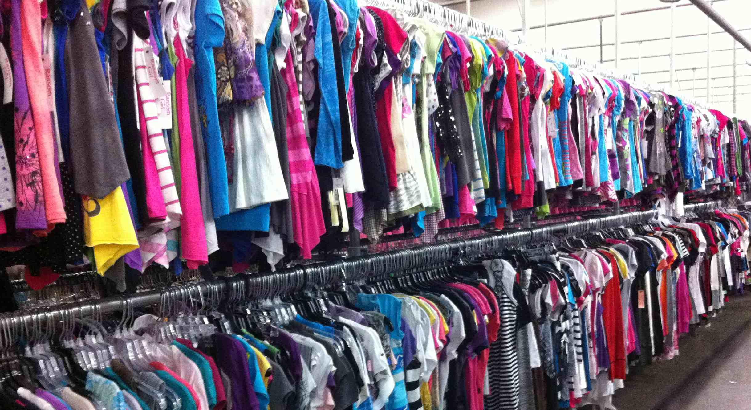 Expertos aseguran que las prendas recién adquiridas no están tan limpias como tiende a pensarse