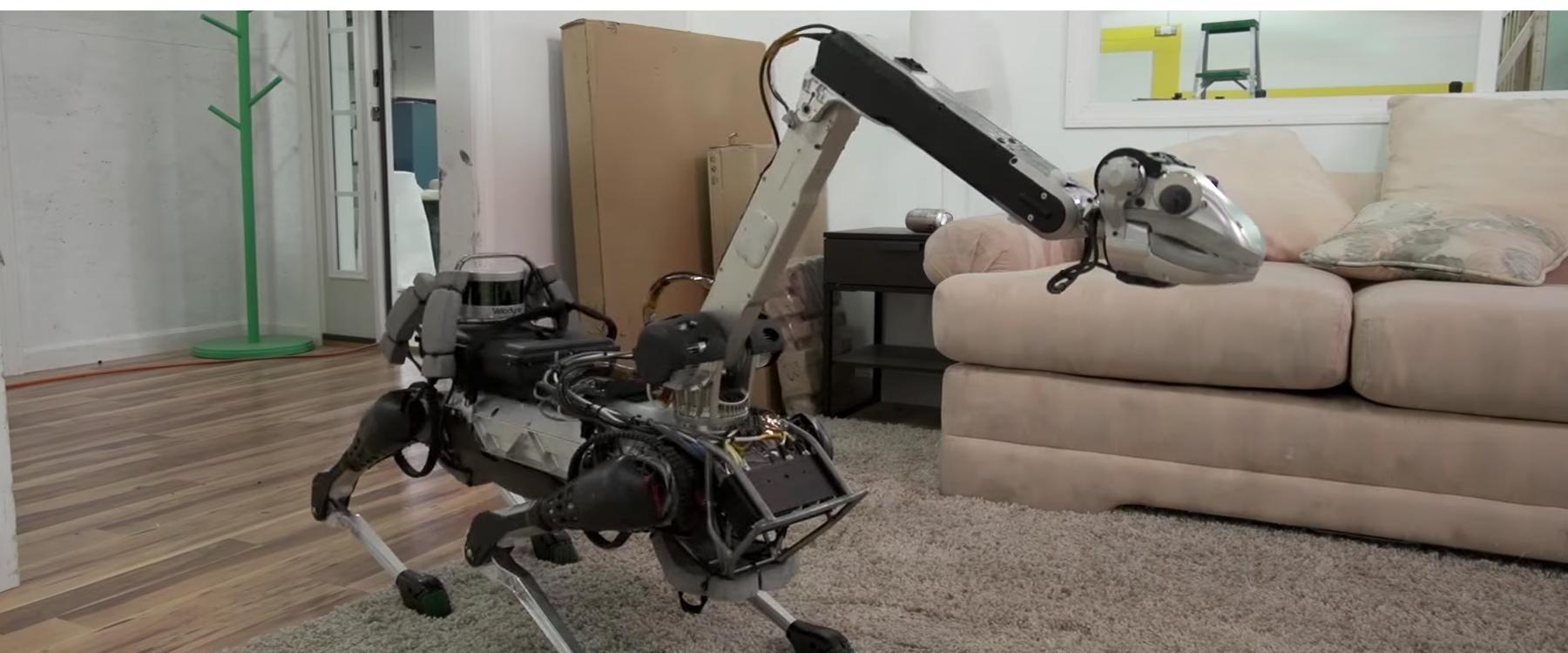 Este robot hidráulico-eléctrico es capaz de manipular objetos para colaborar con las labores del hogar de manera autónoma