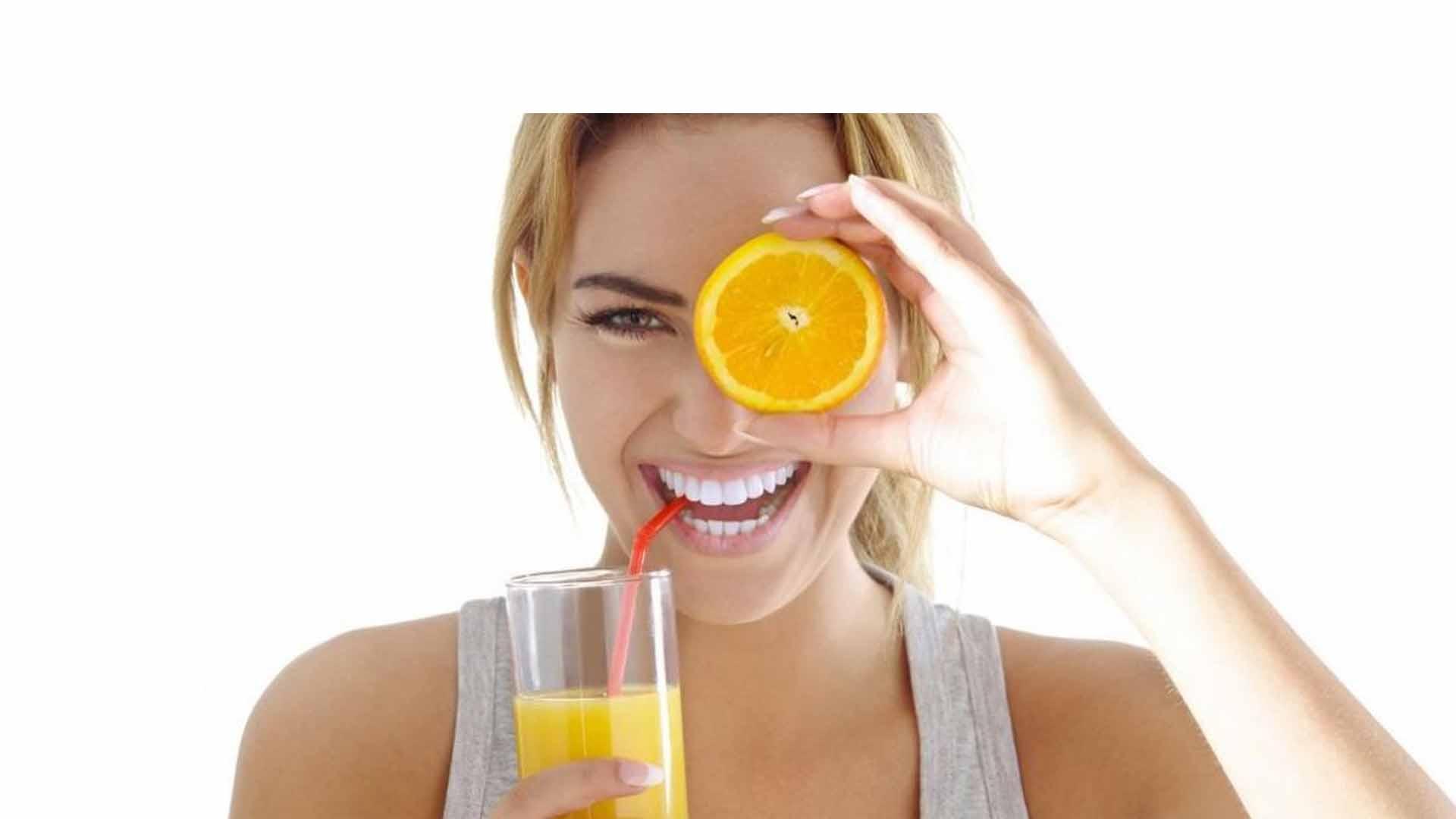 Las frutas son aliados de la belleza y no solo porque ayuden a depurar el organismo sino que son los cosméticos más sanos y eficaces