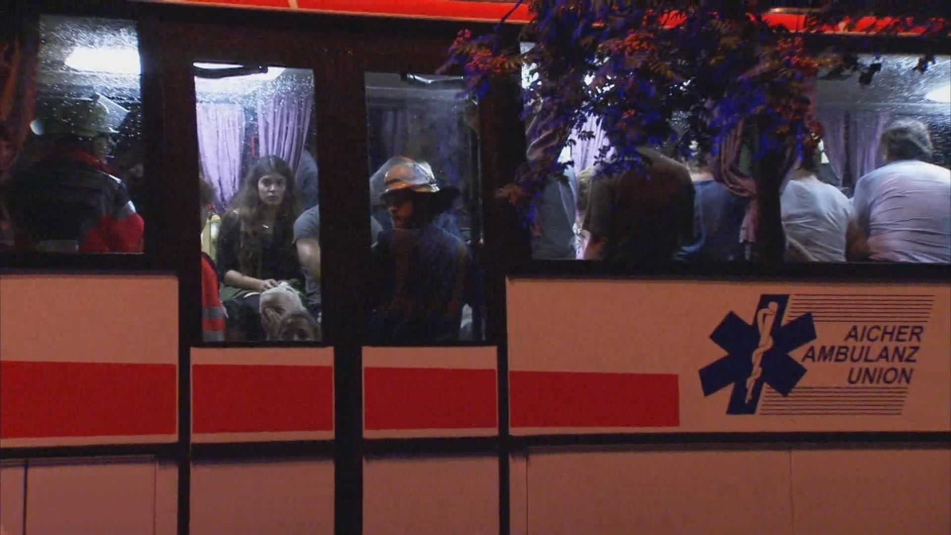Cientos de personas no podrán llegar a su destinos debido a la paralización del servicio por motivos de seguridad