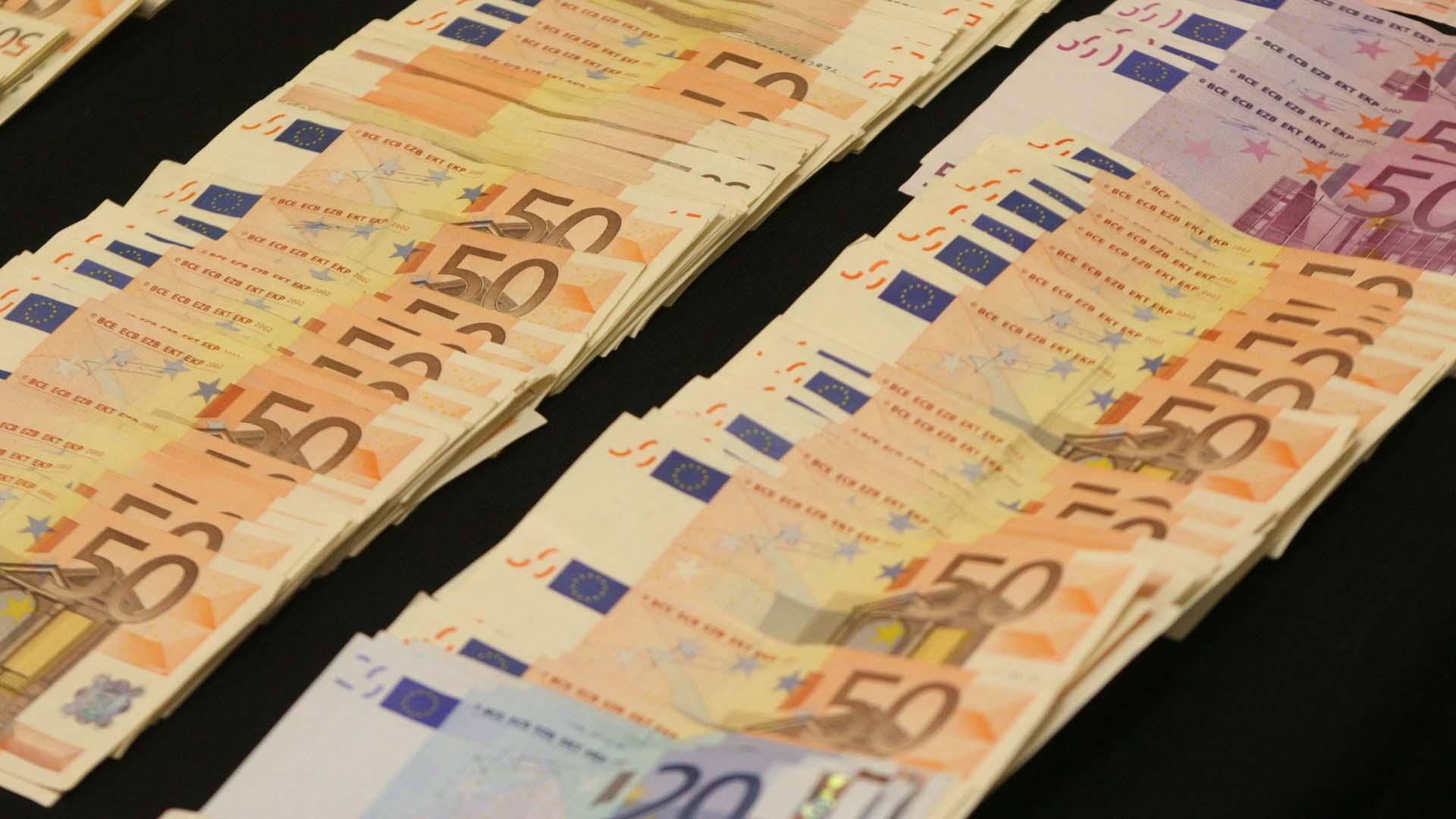 Siguiendo con la actualización de la moneda que se ha llevado a cabo desde 2013, el BCE presentó las modificaciones hechas a la antigua presentación