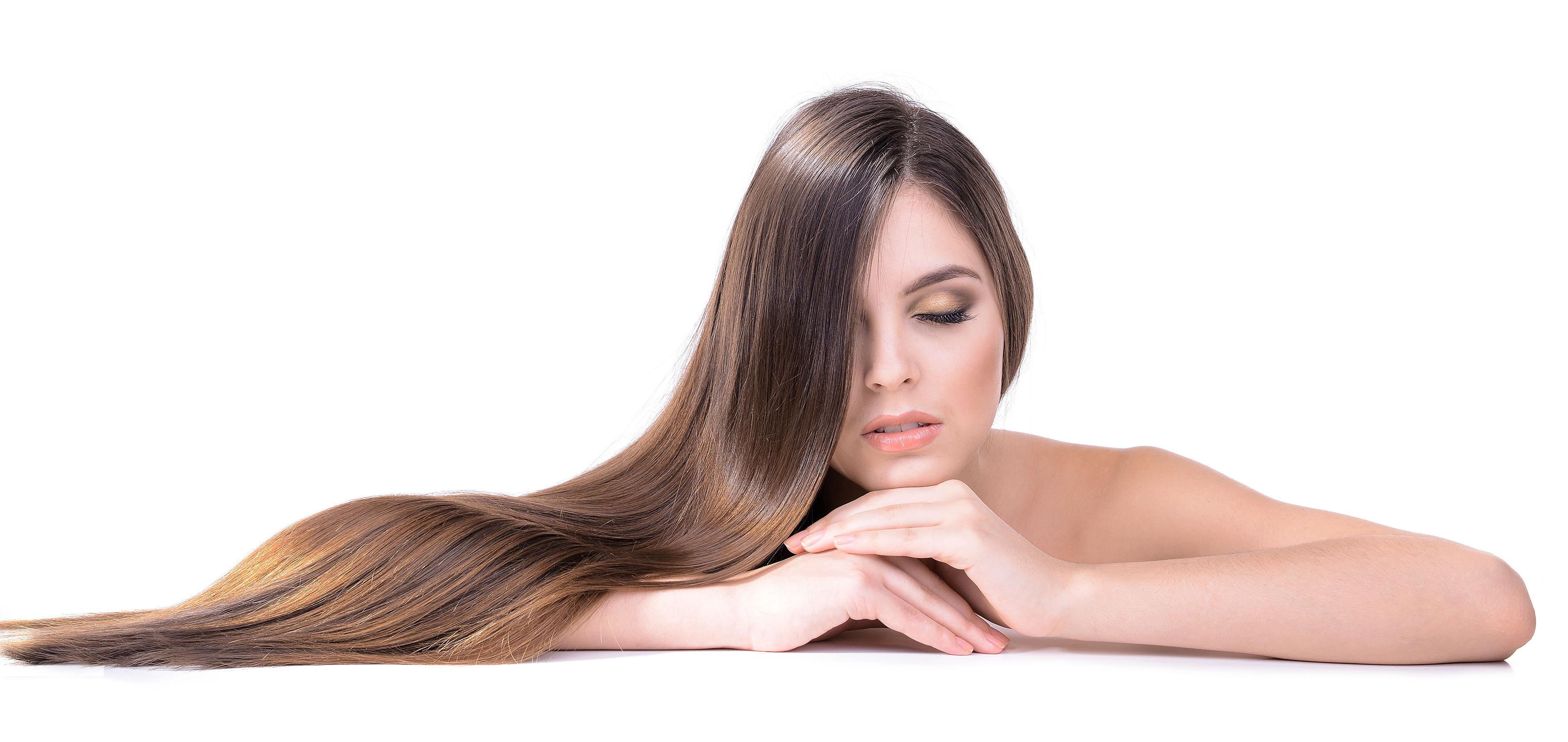 El vinagre de manzana, aceite de coco, cerveza y la soda serán tus mejores aliados para tener un cabello hermoso