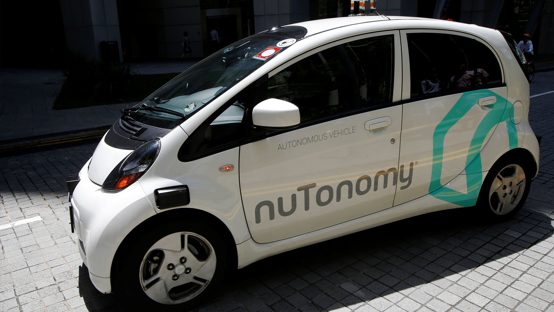 """La compañía """"nuTonomy"""", estrenó los primeros vehículos no tripulados del mundo en una etapa de pruebas piloto"""
