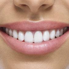 La clave para una correcta postura está en los dientes