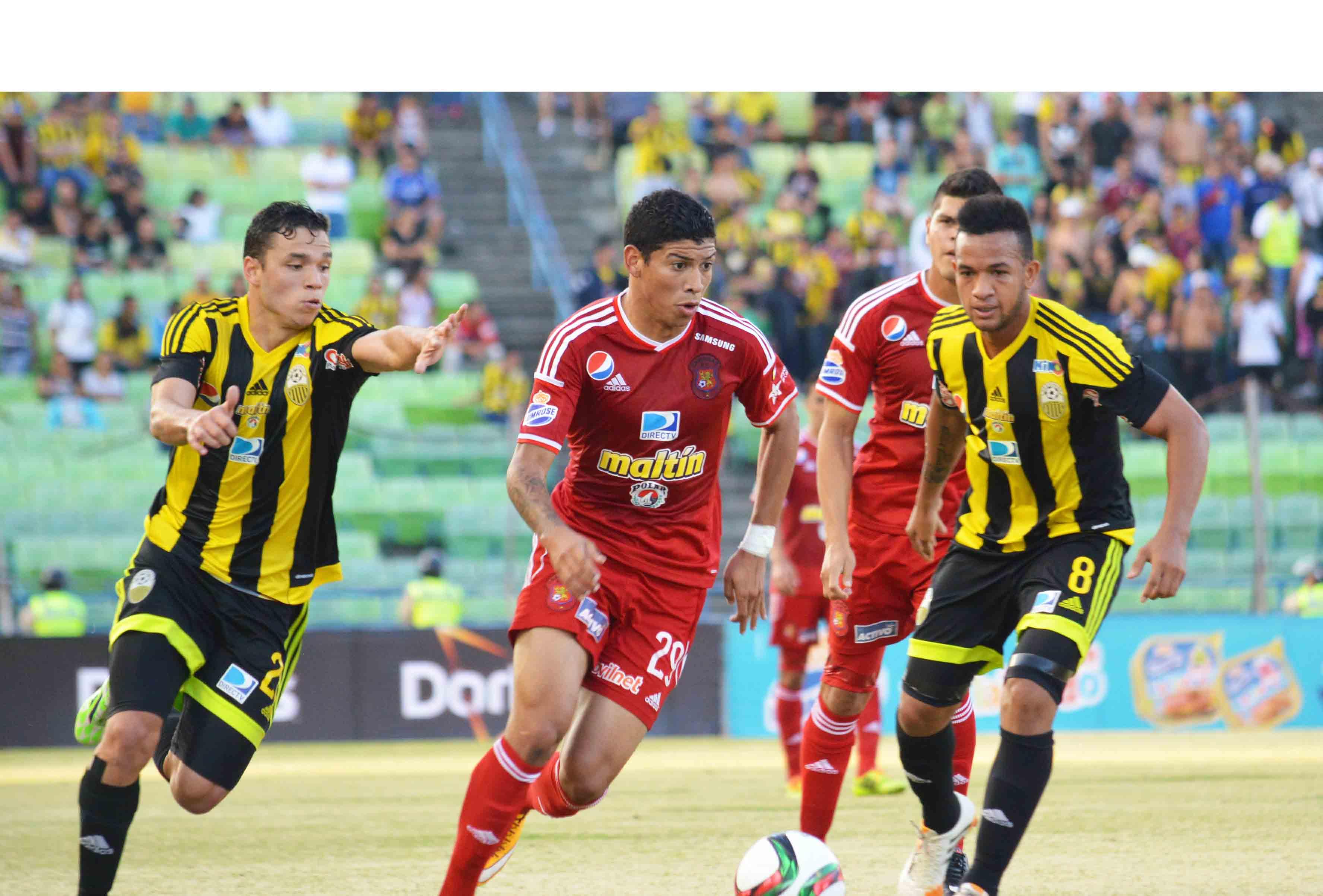 El equipo capitalino se creció ante un Deportivo Táchira que lucho los noventa minutos pero no consiguió perforar la arqueria de Wuilker Fariñez