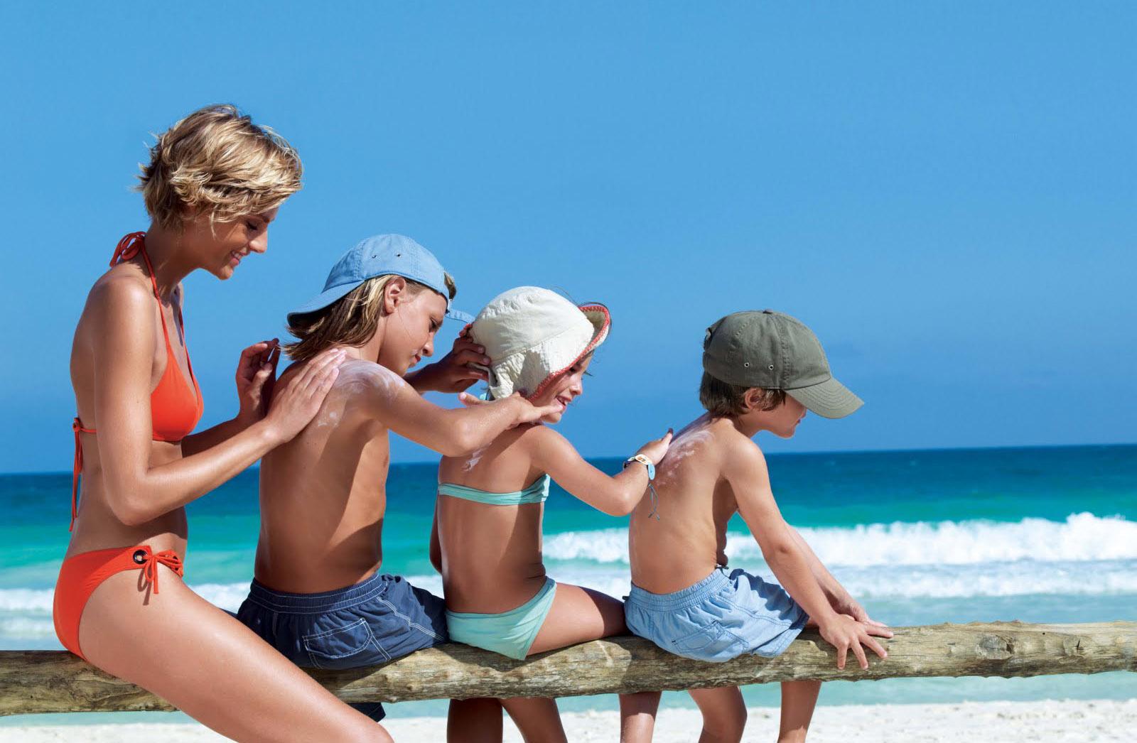 Con 15 minutos diarios de exposición al sol en las horas adecuadas absorberás la cantidad adecuada y natural de Vitamina D