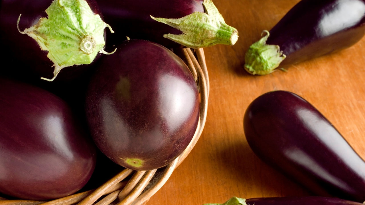 Este vegetal por sus altos contenidos de vitamina c, flavonoides, fibra, entre otros, ayuda a combatir los niveles de grasas en la sangre