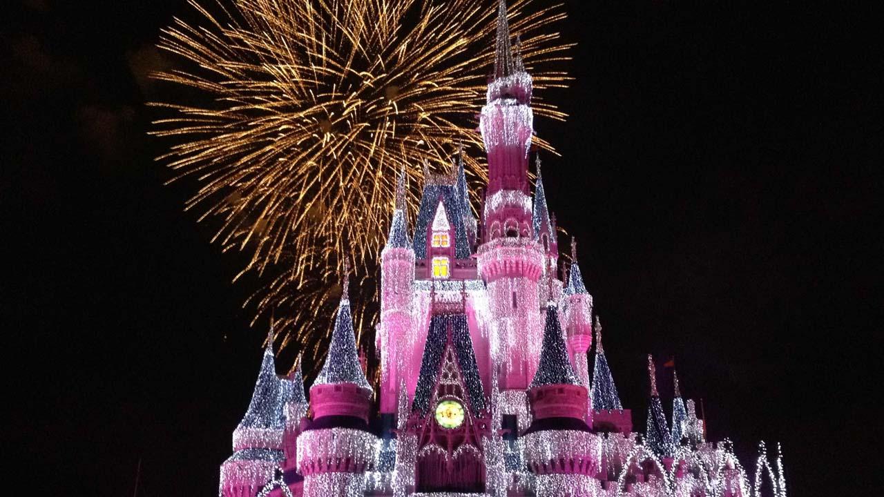 Un total de 300 dispositivos iluminarán el cielo de Walt Disney World Resort con 400 mil millones de colores gracias a la tecnología de Intel