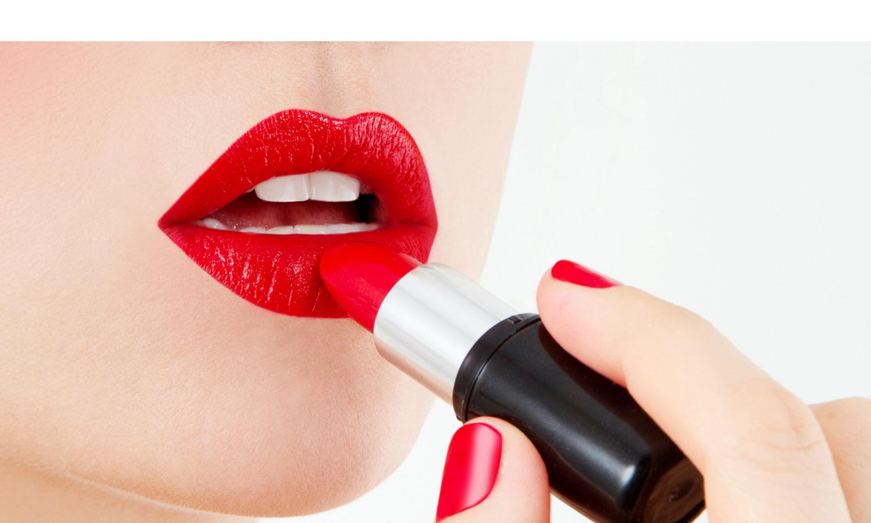 Conoce los trucos escondidos tras los maquillajes para labios y cautiva con elegancia donde quiera que vayas