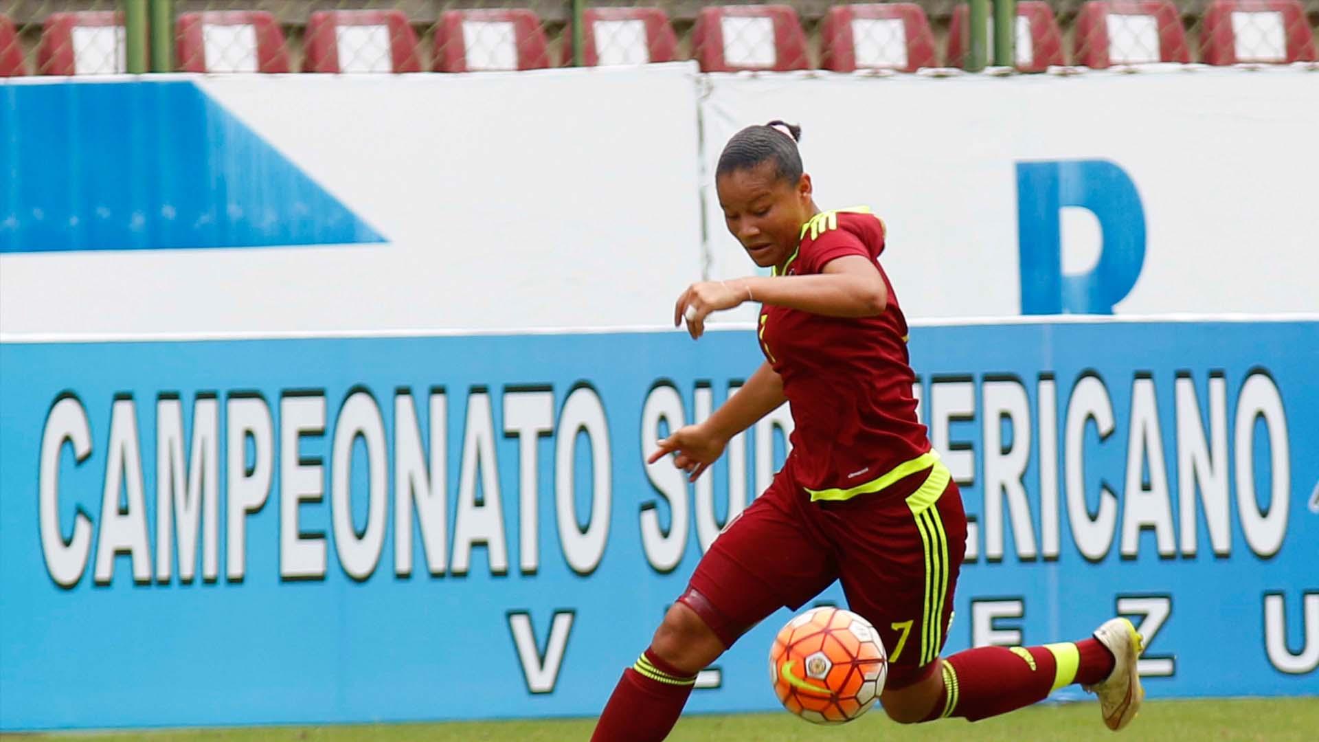 La criolla se convirtió la primera venezolana y en el jugador más joven en entrar entre los tres finalistas del Premio Puskas