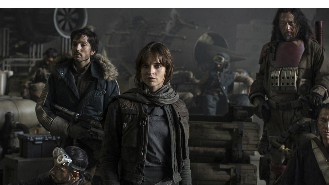 """El film del universo de """"Star Wars"""" recaudó durante su primer fin de semana un total de 155 millones de dólares en EE.UU. y Canadá mientras que a nivel global 290 millones"""