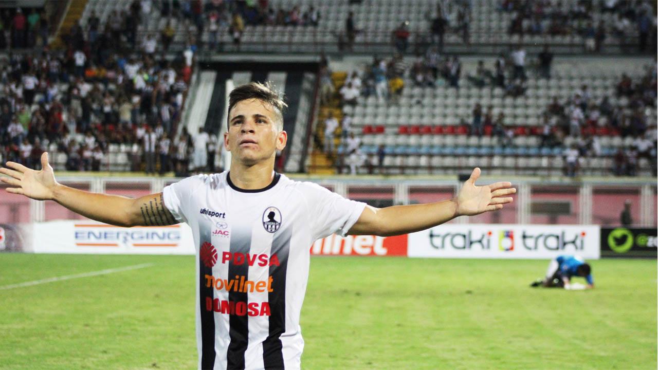 El conjunto de Primera Divisón, Huachipato, sumó a sus líneas al mediocampista criollo tras pagarle 1.5 millones de dólares al Zamora FC