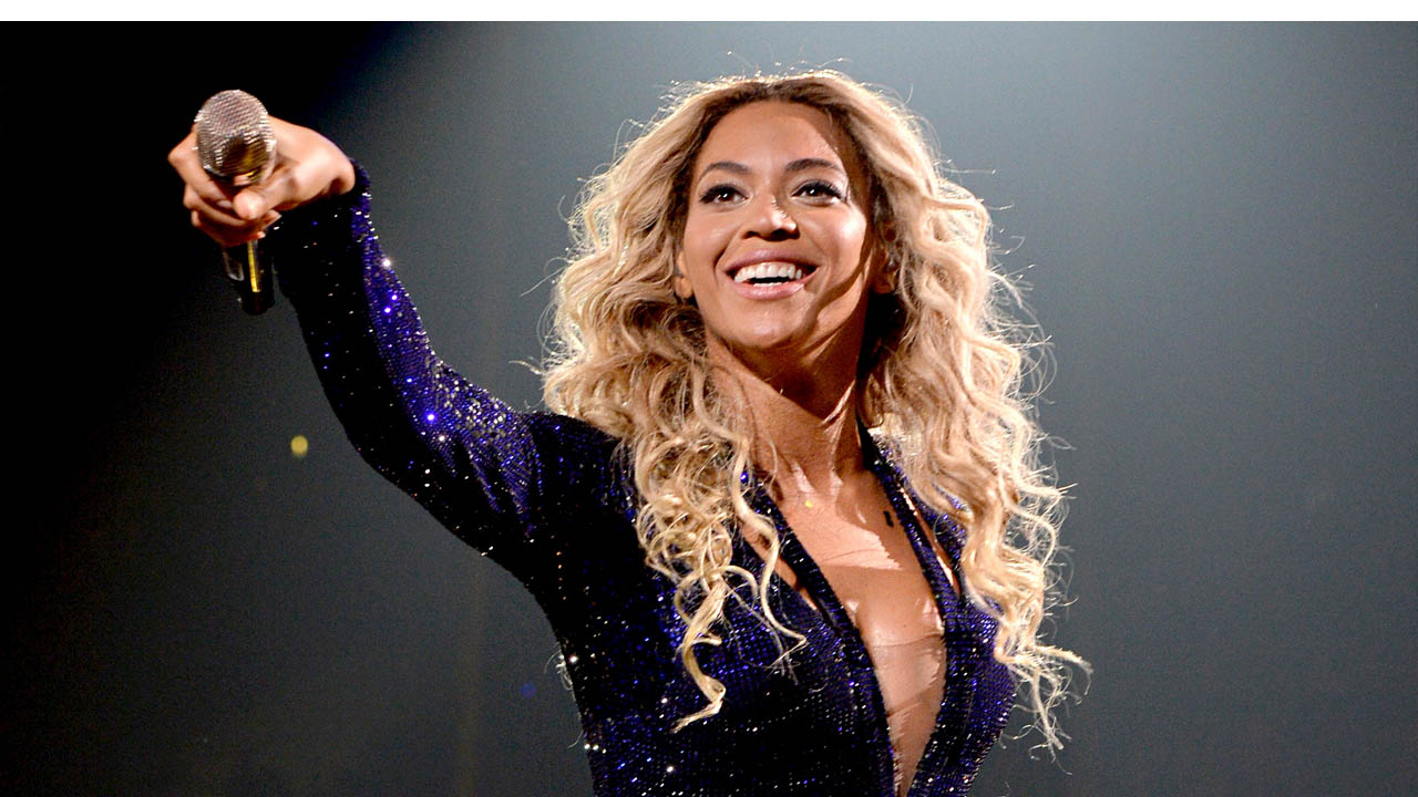 La cantante, junto otros como Usher, Beyoncé, Jay-Z, Stevie Wonder asistirán a una fiesta organizada Barack y Michelle en la Casa Blanca