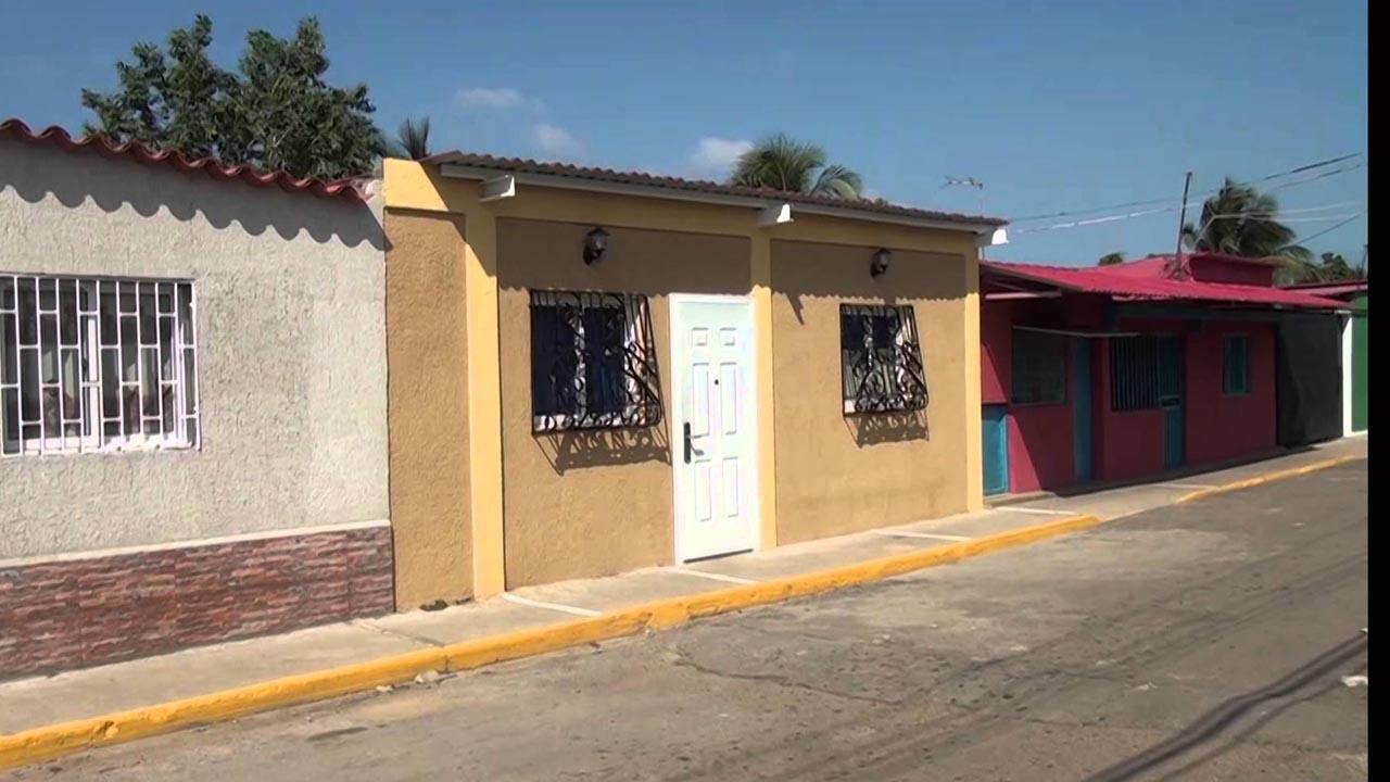 Los habitantes de la comunidad Francisco de Miranda, embellecieron los hogares del sector con reparaciones puntuales y pinturas