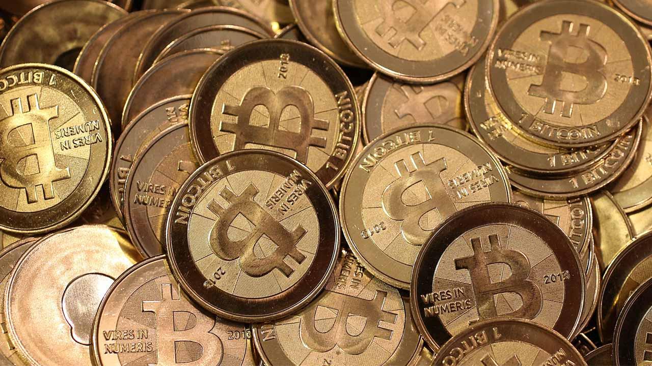 La moneda electrónico alcanzó el valor los mil 200 siendo este el más grande que ha tenido