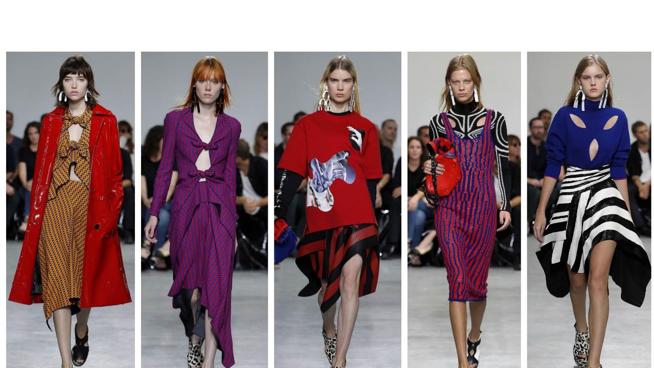 Varios diseñadores invadieron la pasarela de la semana de la moda de Nueva York con diseños que apoyaron las protestas contra la administración de Donald Trump