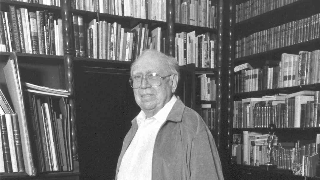 El ilustre literato recibió cuarenta reconocimientos a lo largo de su carrera