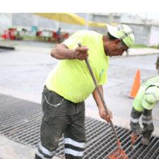 Costa Rica aplica plan de saneamiento para sus calles