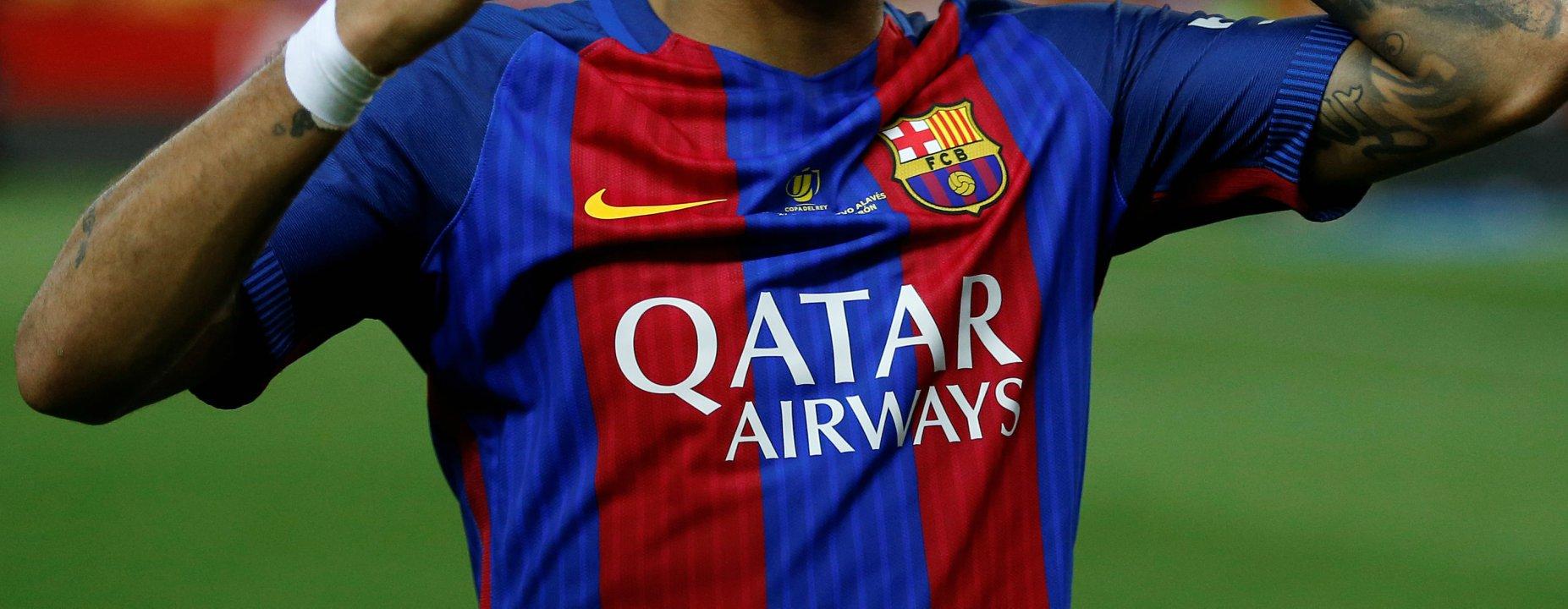 El FC Barcelona anunció oficialmente los uniformes de la próxima temporada y además indicó que los mismos saldrán a la venta el 1 de junio