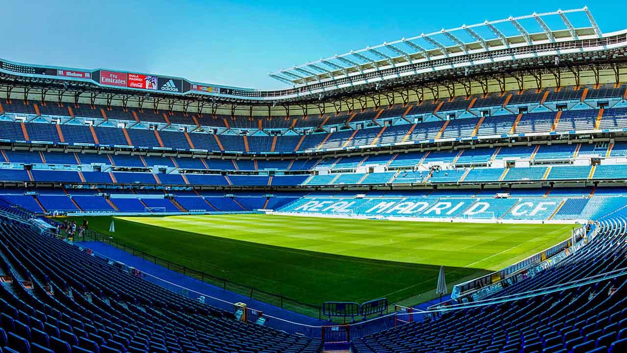"""El Ayuntamiento de la capital española aprobó el plan de remodelación propuesto por el club e impulsado por la asociación """"Ahora Madrid"""" y el Partido Popular"""