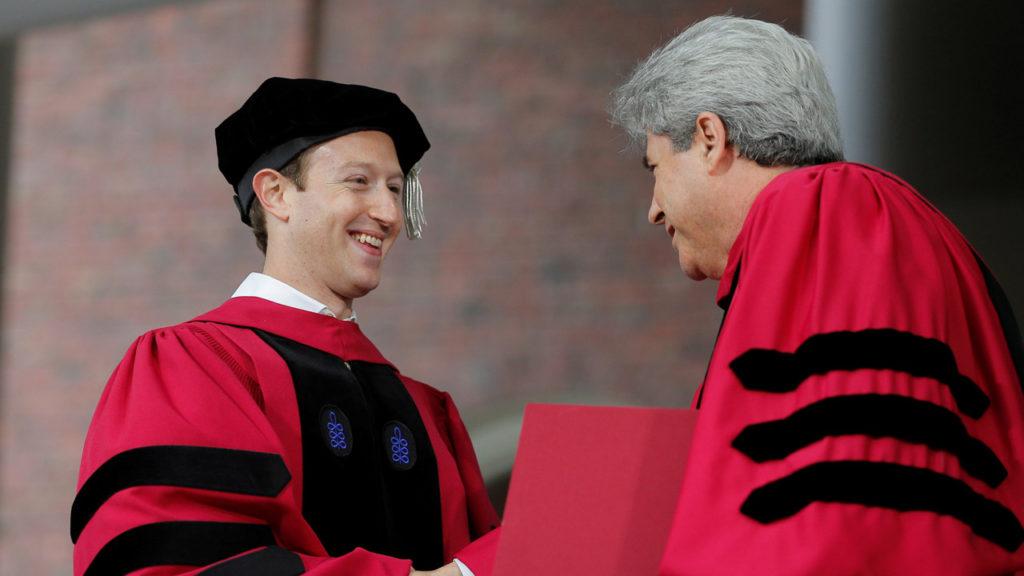 Zuckerberg: un digno estudiante de Harvard   El Sumario