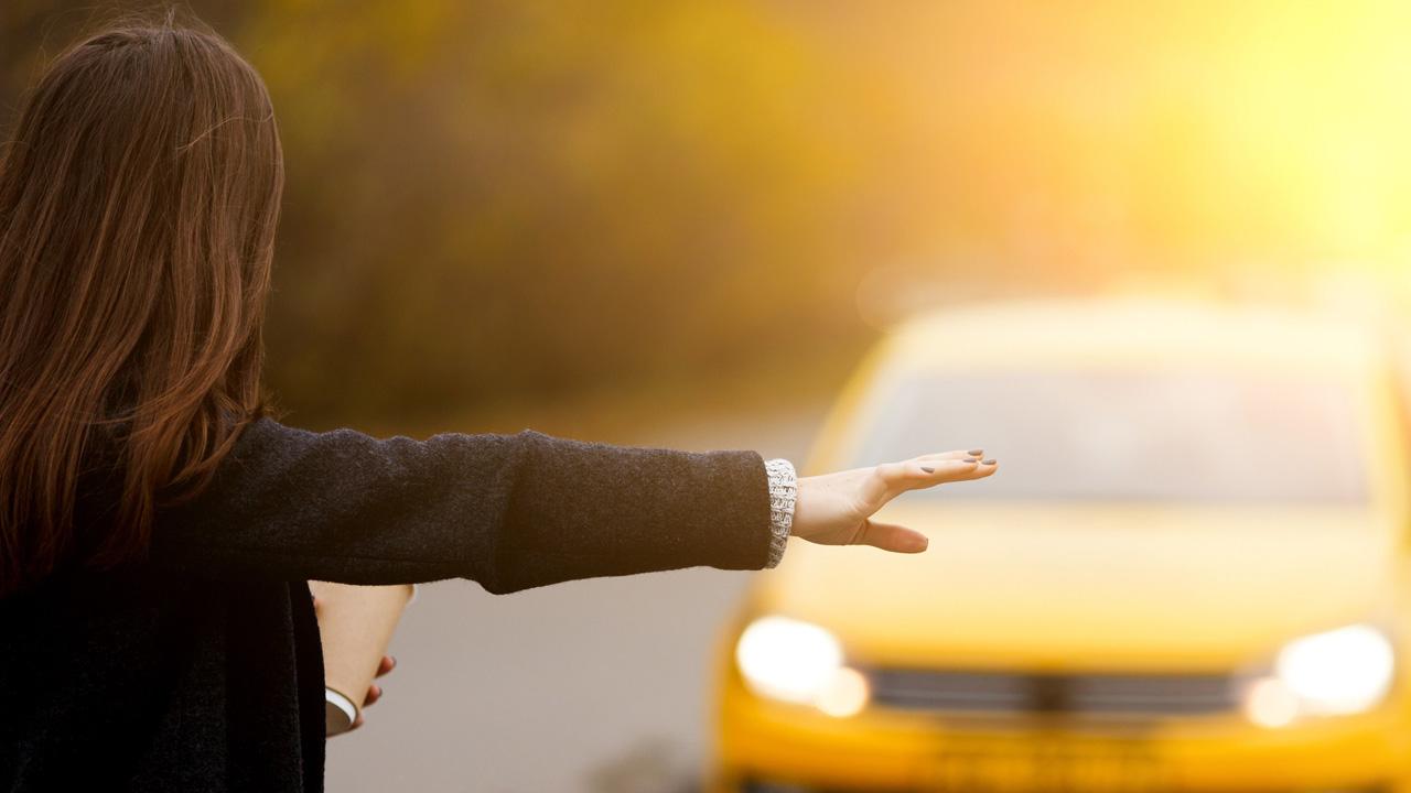 La automotriz alemana Daimler trabaja junto a BMW y Uber para lanzar dicha tecnología al mercado
