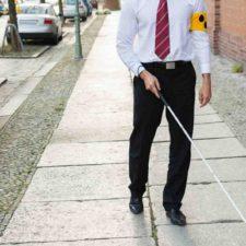 Dispositivo mejora movilidad de invidentes