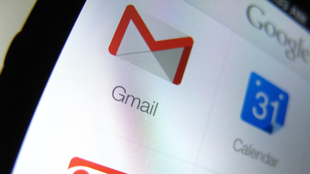 La plataforma de correos electrónicos dejará de aplicar ese sistema en vista de las quejas en cuanto a privacidad