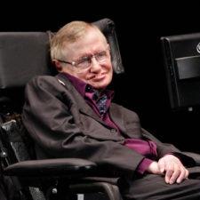 Hawking en desacuerdo con Trump