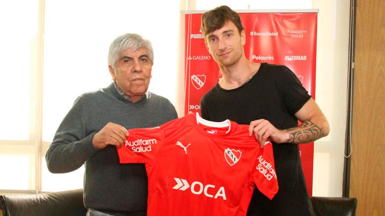 El defensor venezolano firmo contrato por dos años con el Club Atletico Independiente de Avellaneda argentino