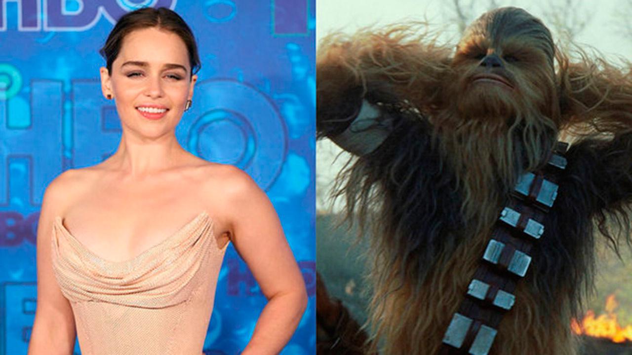 La actriz Emilia Clarke compartío un video con el personaje en el set de filmación de la película de Han Solo