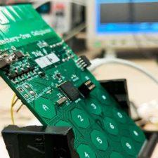 Crean prototipo de teléfono móvil sin batería