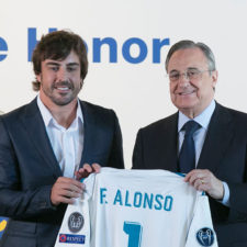 Alonso fue nombrado socio de honor del Madrid