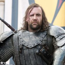 Recopilan insultos de The Hound en un video
