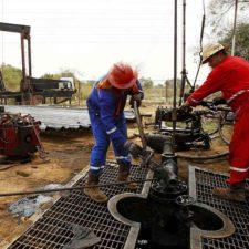 Petróleo venezolano cerró en 49 dólares