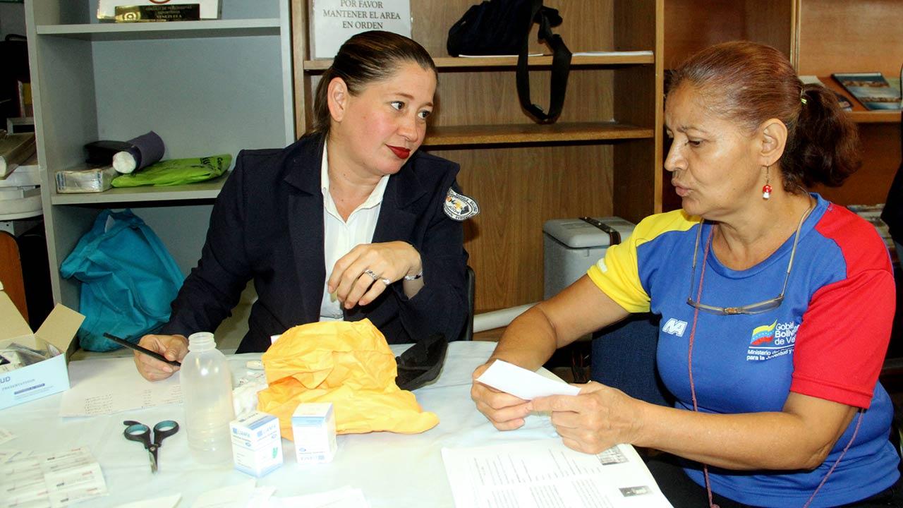 En la actividad organizada por el ente ministerial se aplicaron vacunas contra la fiebre amarilla, toxoide y antigripal