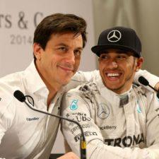 Hamilton estaría en Mercedes por mucho tiempo