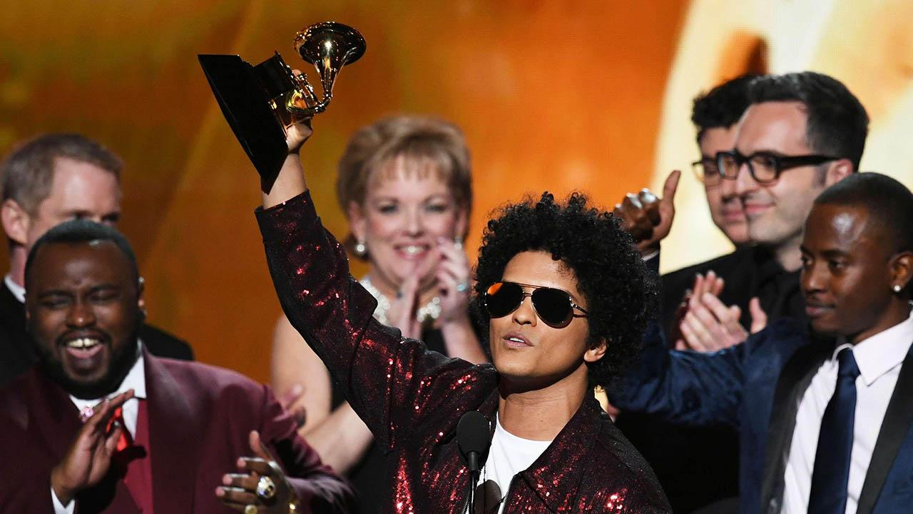 El cantante estadounidense se hizo con seis premios donde el más resaltante fue el de Álbum del año